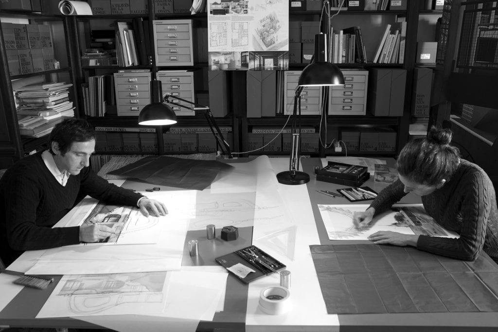 R. Flores' & E. Prats' reinterpretations