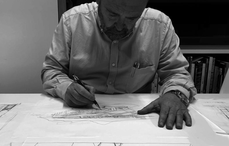 ARCHIVES 7, F. Mangado working in his office 06
